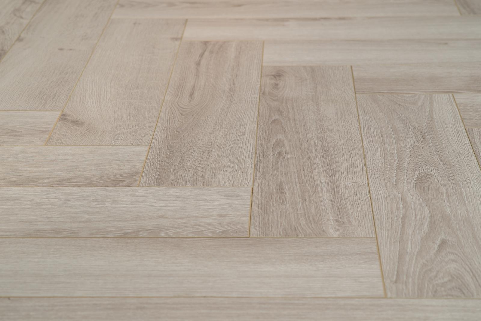 Laminaat Visgraat Leggen : Floer laminaat den haag grey wash eiken 120 x 19 x 0 7 cm vloer