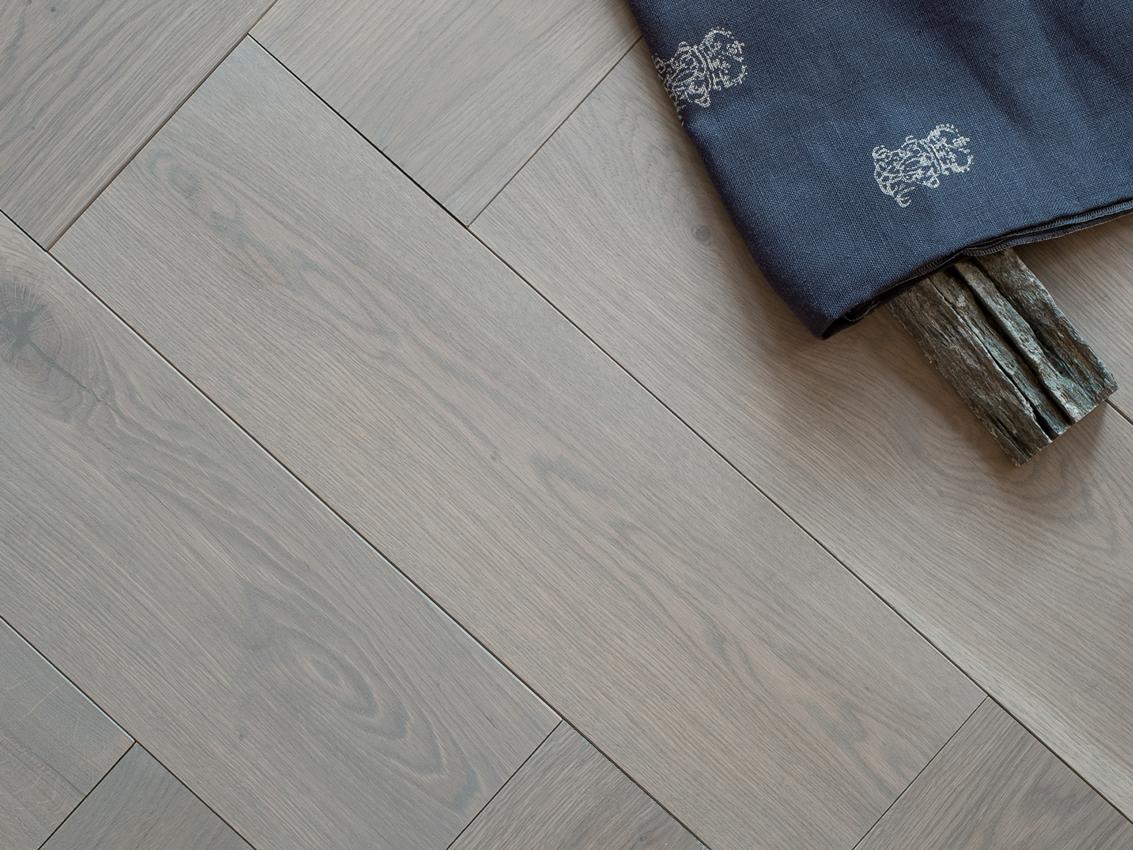 Moderne Visgraat Vloer : Duoplank grijze visgraat vloer eiken grijs geolied vloer cm