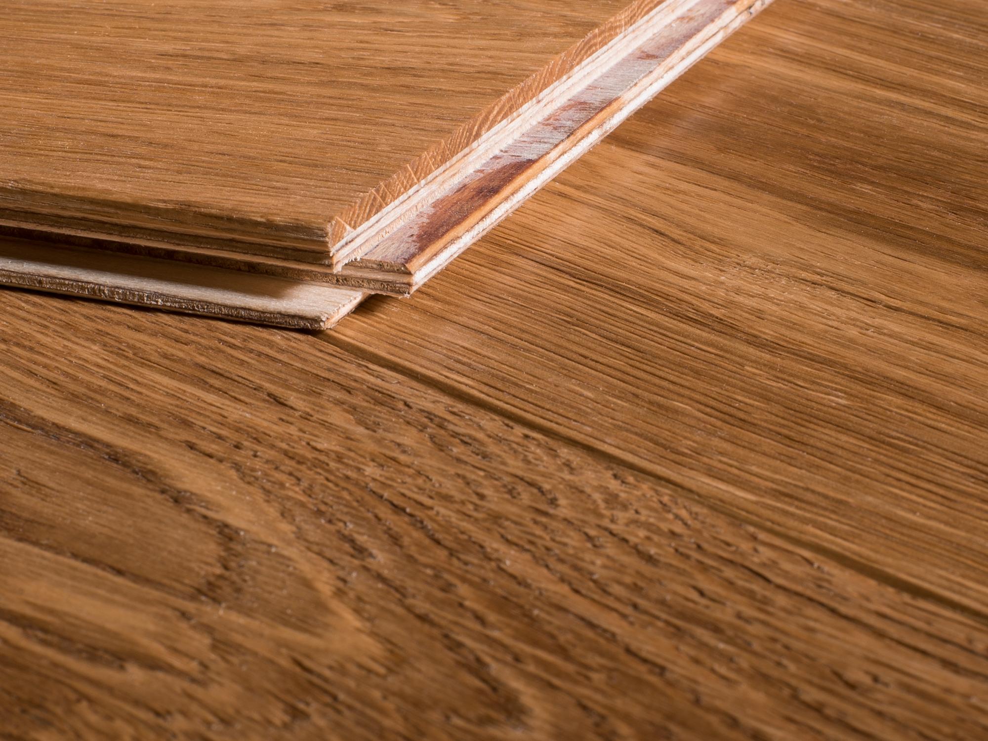 Reuze visgraat eiken geborsteld geolied parket vloer cm