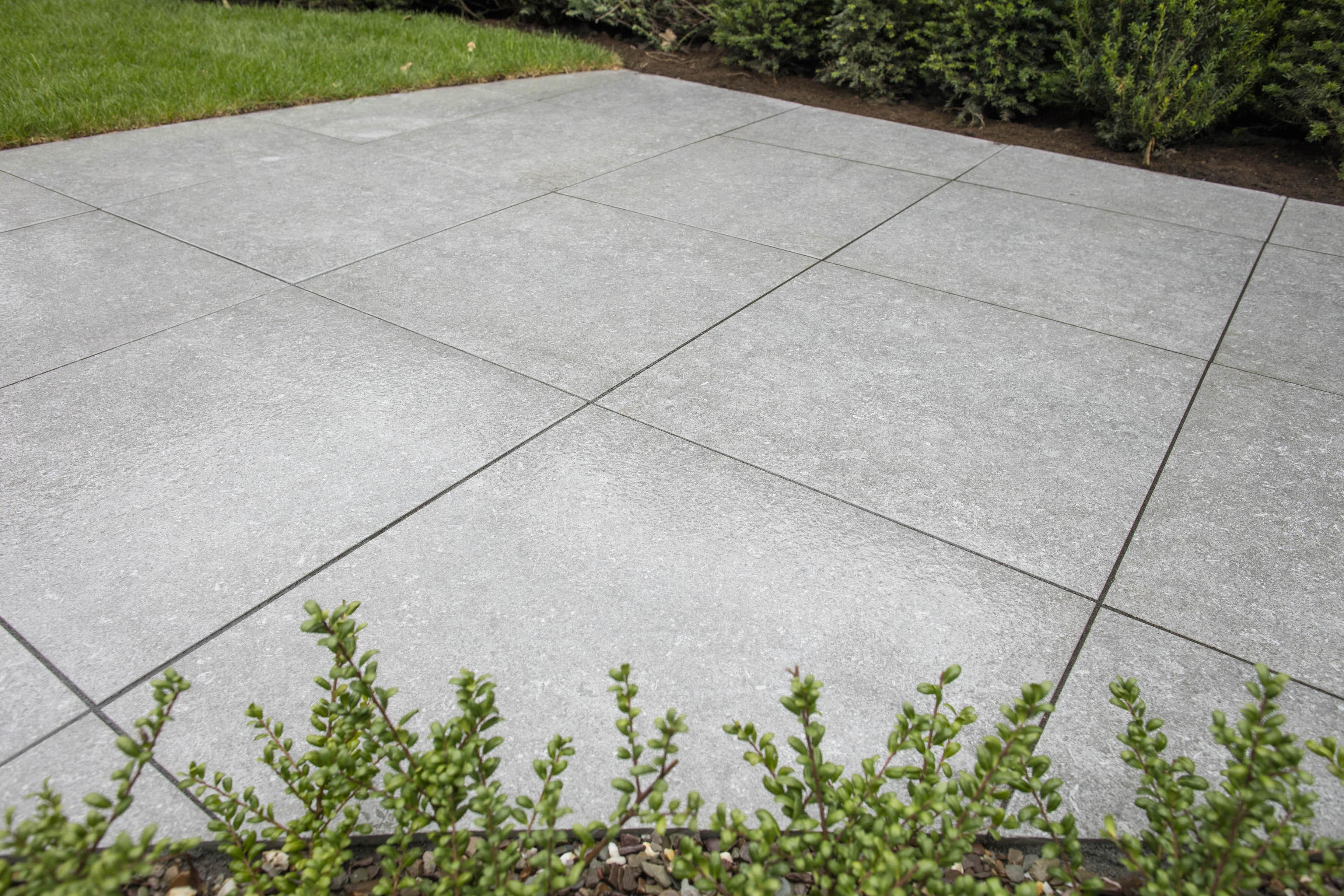 Dikte Natuursteen Tegels : Geoceramica 2drive gris claro keramische tegel 60x60 dikte 6 cm