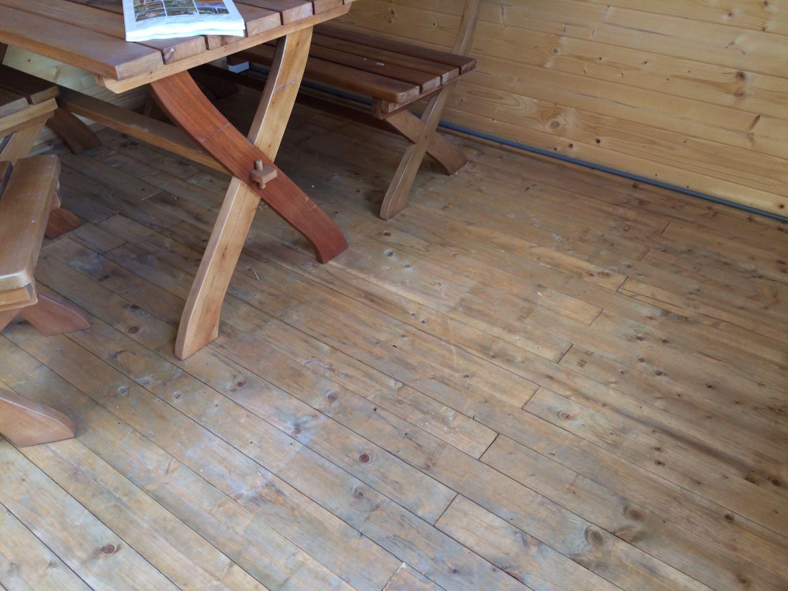 Houten Vloer Vuren : Blokhutvloer vuren hout cm dikte tuinhuis vloer planken