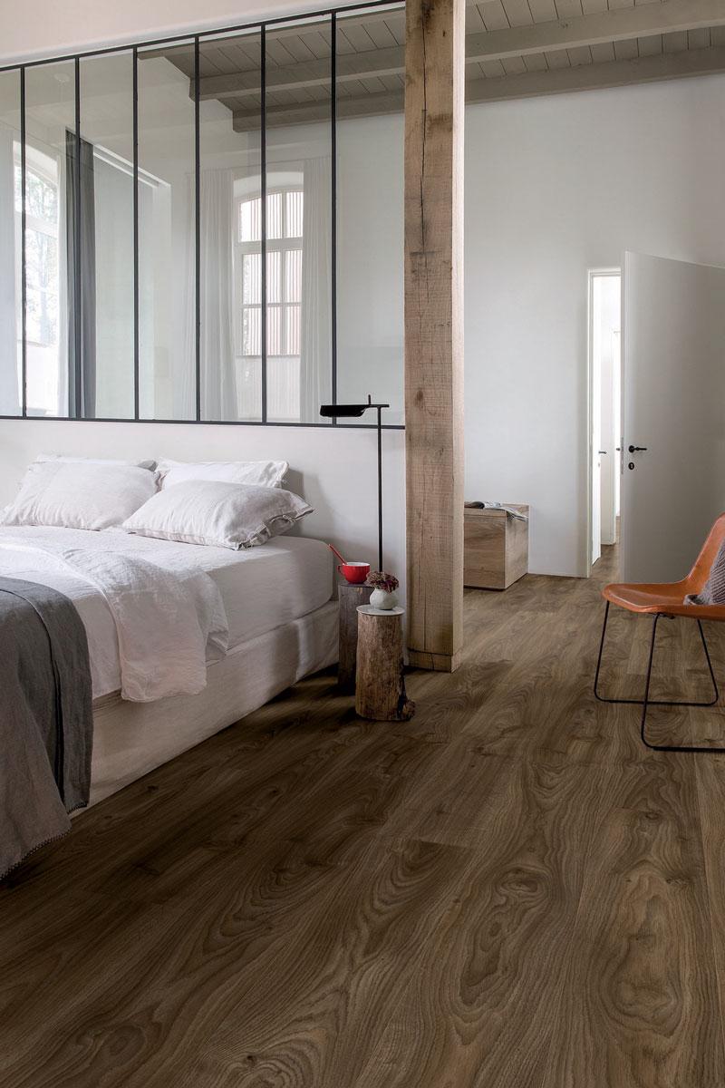 quick step livyn balance click cottage eik donkerbruin. Black Bedroom Furniture Sets. Home Design Ideas