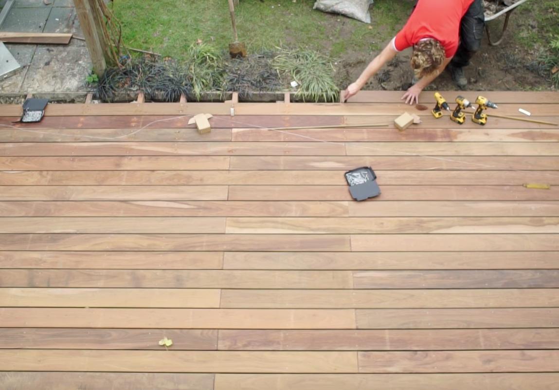 vlonder laten monteren kosten hout terras montage prijs per m2