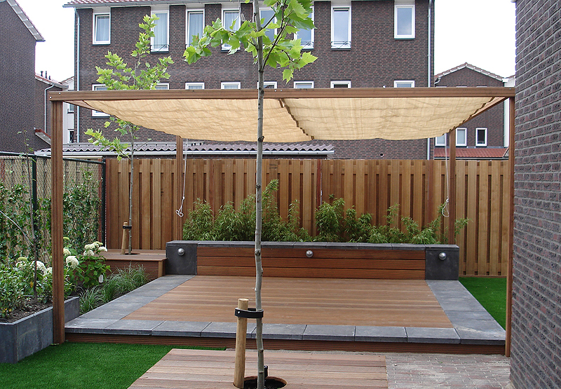 Terrasoverkapping maken houten afdak terras overkapping bouwen
