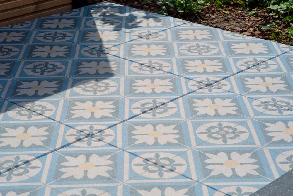 Houtlook Tegels Buiten : Keramische tegels leggen tuin video keramiek terrastegels