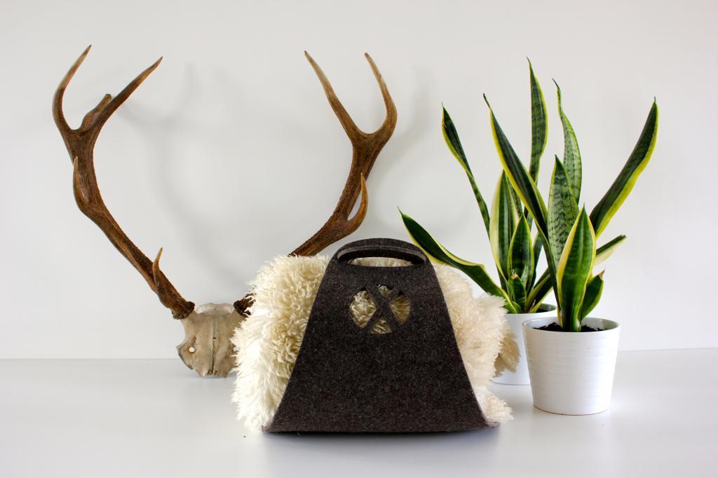 zeitschriftenst nder logster braun xala kaufen. Black Bedroom Furniture Sets. Home Design Ideas