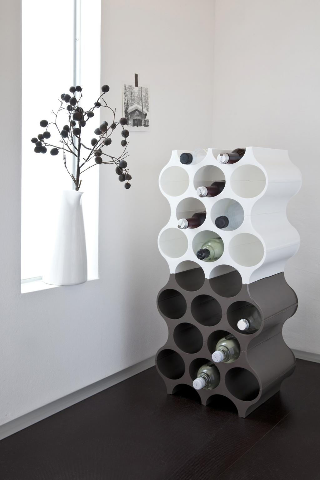 wijnrek set up wit koziol. Black Bedroom Furniture Sets. Home Design Ideas