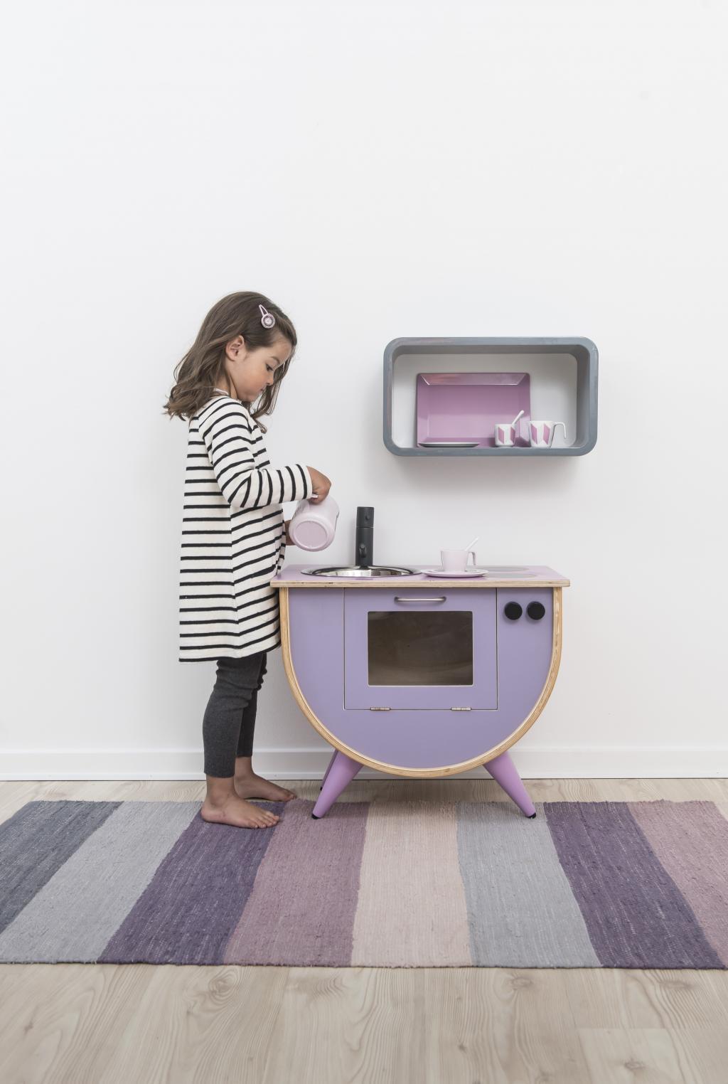 teppich gewebt pastell lila sebra kaufen wohn und lifestylewebshop. Black Bedroom Furniture Sets. Home Design Ideas