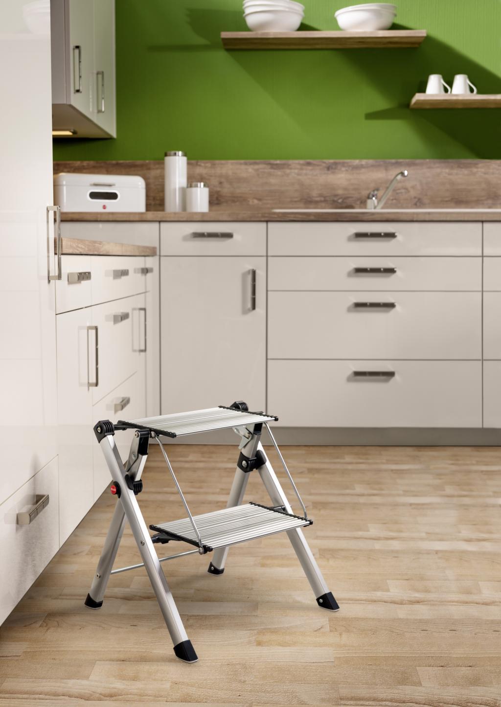 trittleiter mini comfort 2 stufen faltbar hailo kaufen wohn und. Black Bedroom Furniture Sets. Home Design Ideas