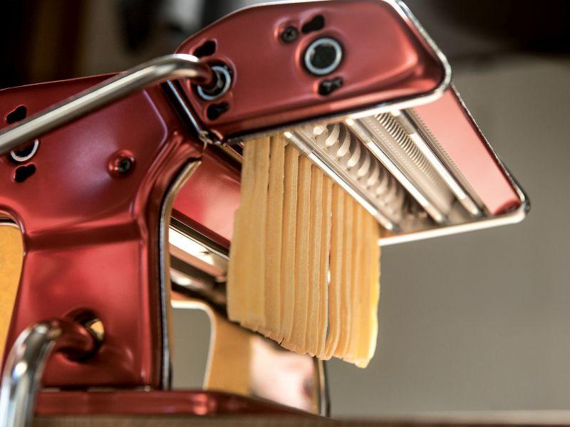 Rode Keuken Machine : Marcato Pastamachines Atlas Wellness 150 RVS – Rode Pastamachine