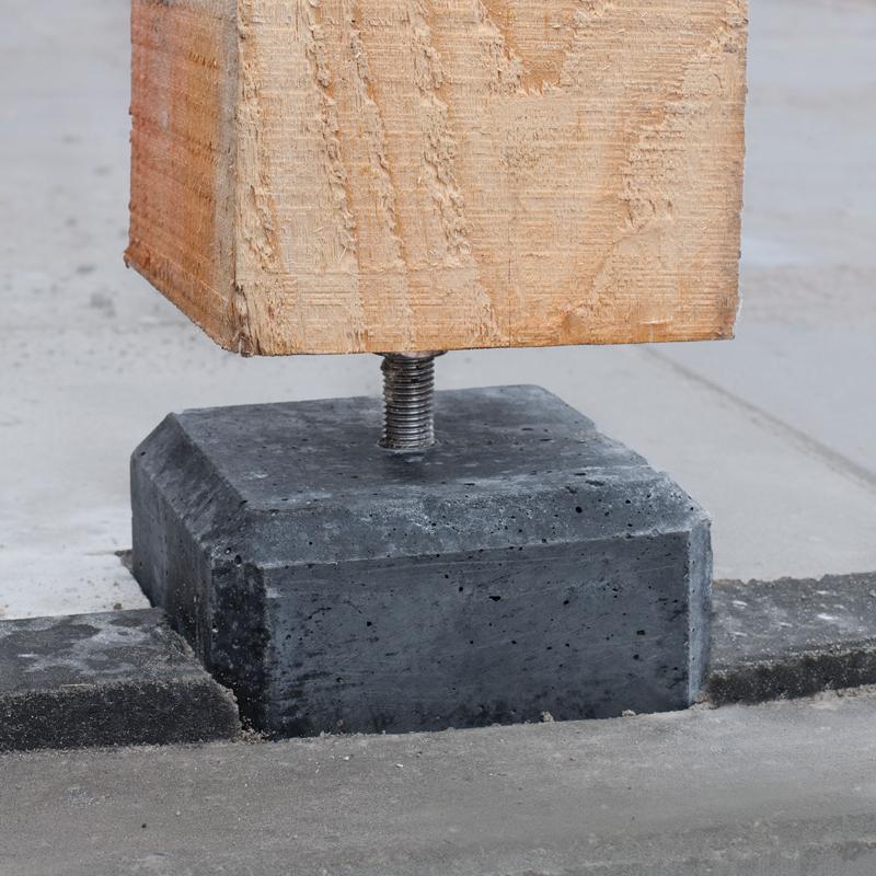 betonpoer plaatsen