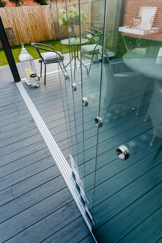 Luxuriöse Glasschiebewand aus 20 mm Verbundglas Gardendreams 20 bis 20 Meter