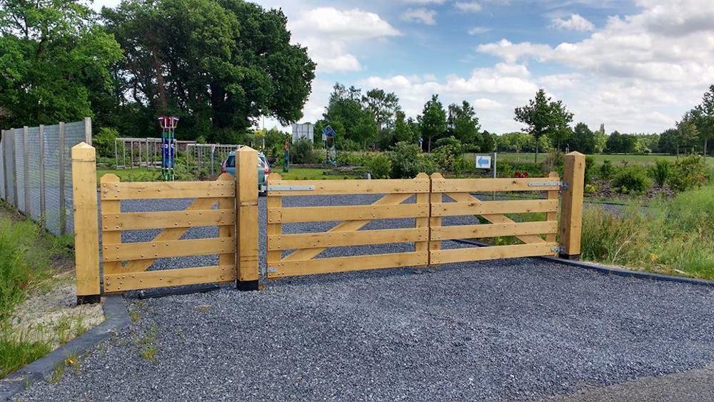 Uitzonderlijk Inrijpoort Hek Eikenhout breedte 100-400 cm 4 planks landhek #ZT17