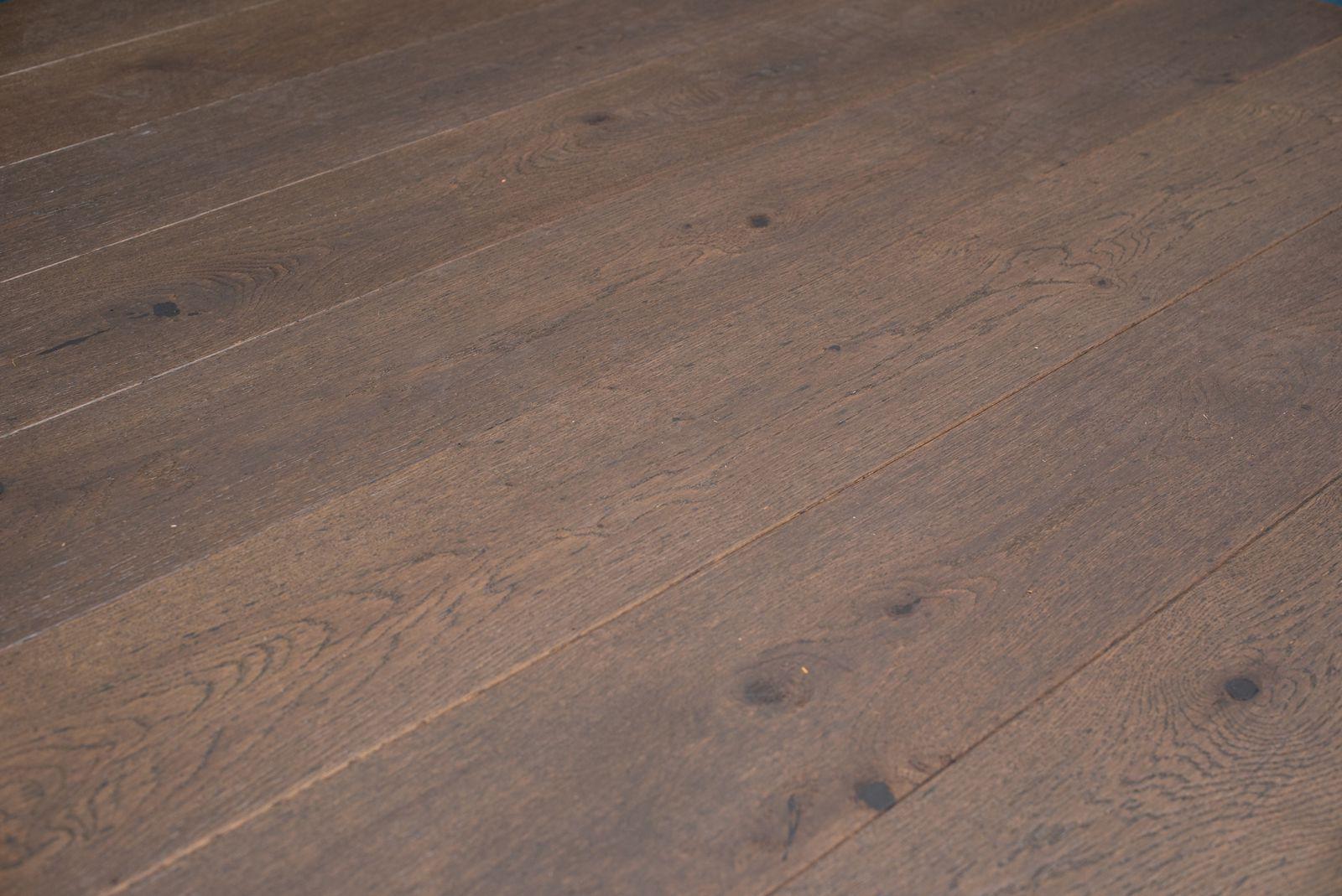 Grijze geoliede eiken houten parket vloeren grey wash grijs