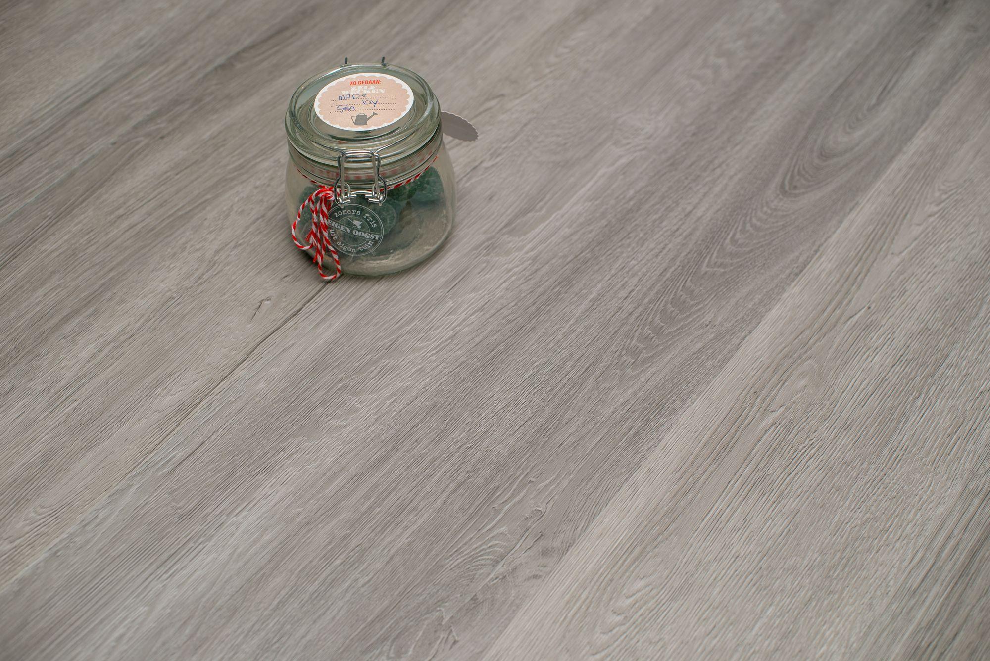 Floer stroken pvc vloer planken emmen licht bruin eiken vloeren