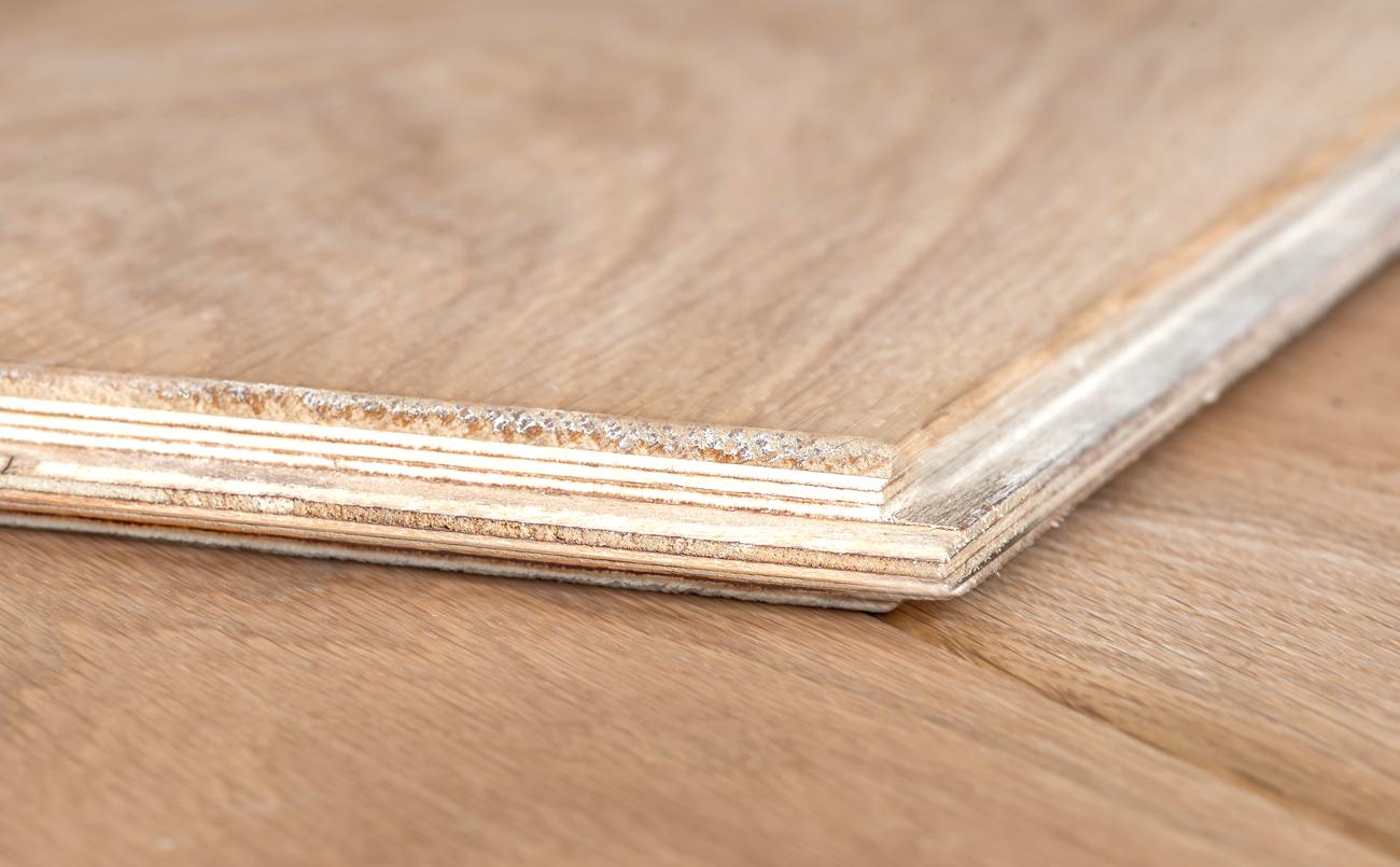 Multiplank reuze visgraat eiken lamelparket wit geolied 18 cm