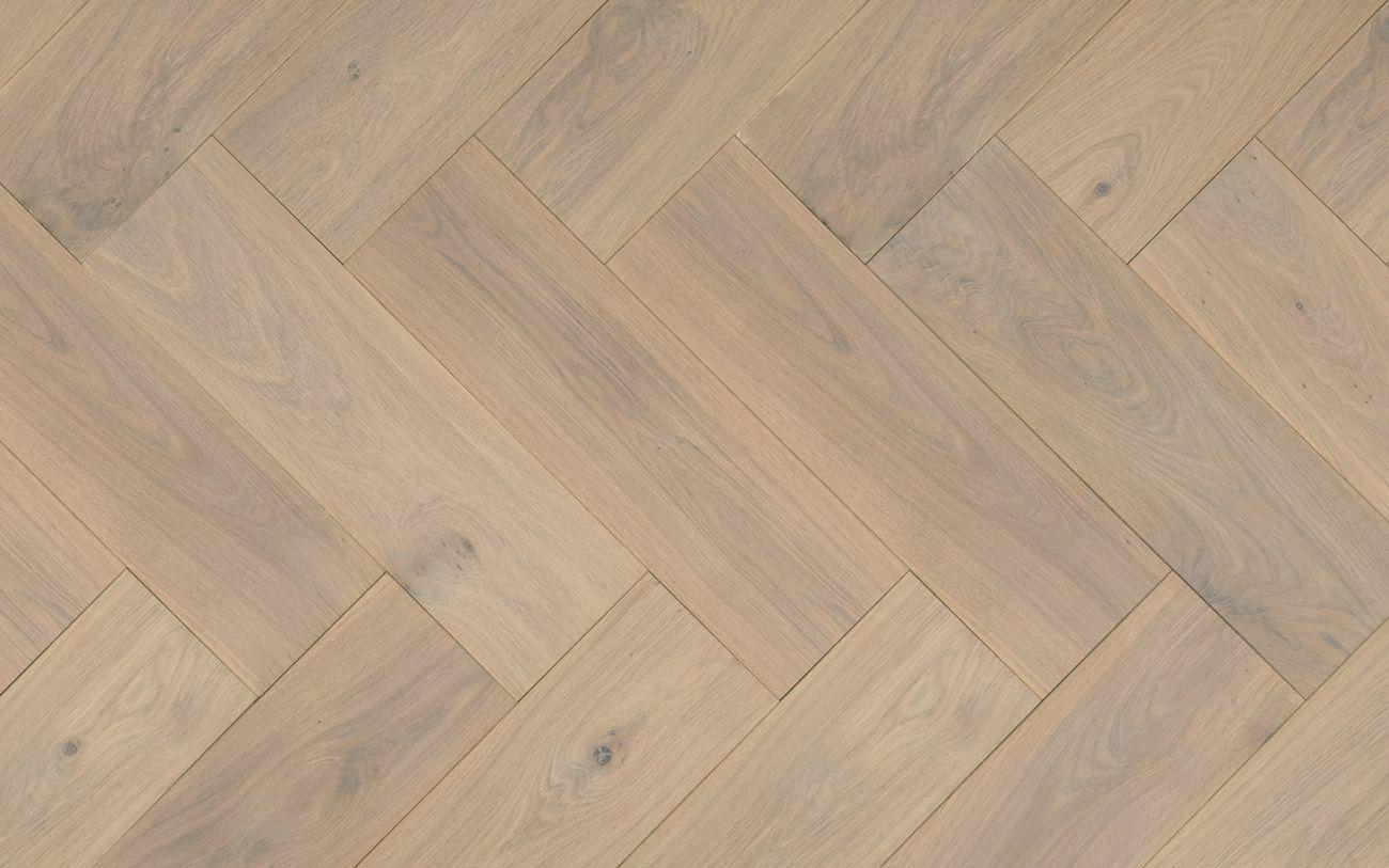 Ondervloer Eiken Vloer : Multiplank visgraat bis eiken parket gerookt wit geolied cm