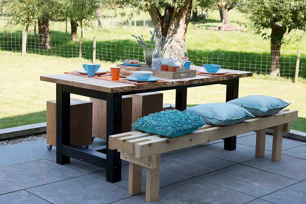 Boomstam tafelblad stamhout tafels van stam eiken hardhout for Ingebouwd zwembad zelf maken
