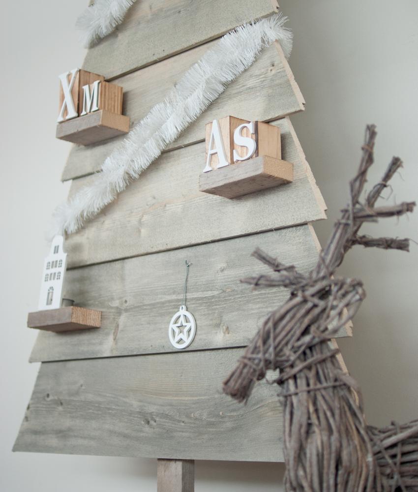 Houten kerstboom kopen   steigerhout boom en 3d