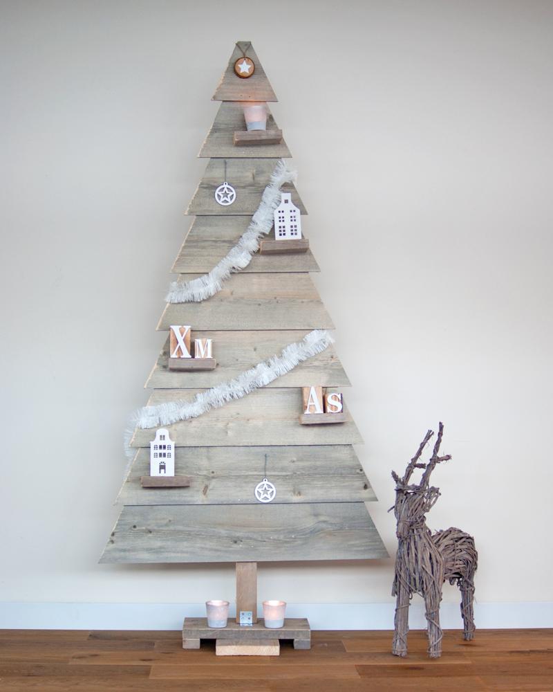 Houten kerstboom hoogte 170 cm kerstboom hout steigerplank for Houten tuinkast intratuin