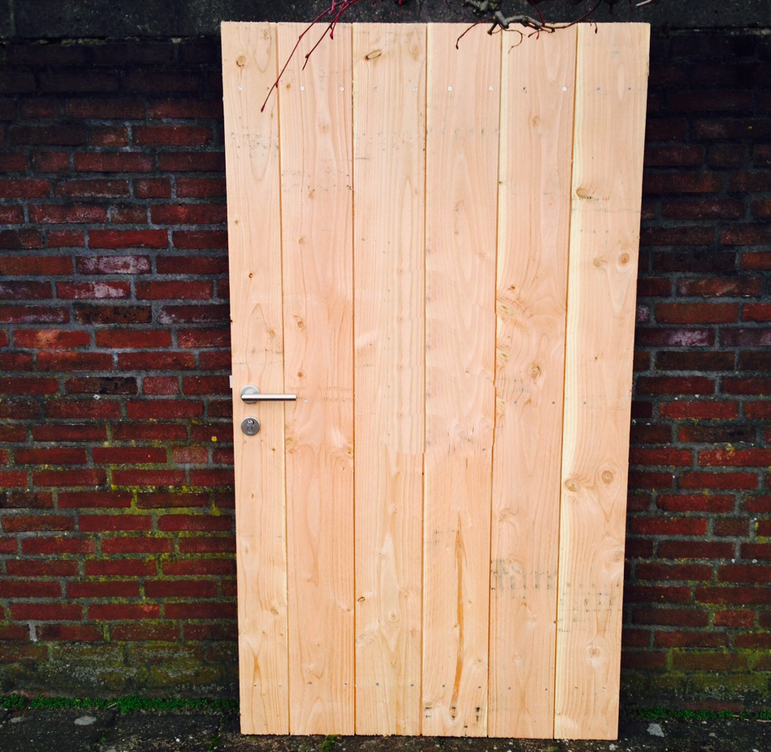 ... voor Schuttingdeur Lariks Douglas hout in stalen frame 180 x 100 cm