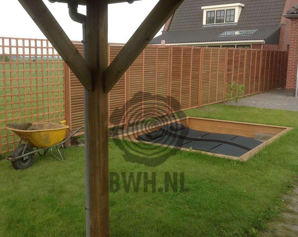 louvre tuinschermen schutting lamellen 180x180cm: https://buitenwarenhuis.nl/hardhouten-louvre-scherm-180x180cm