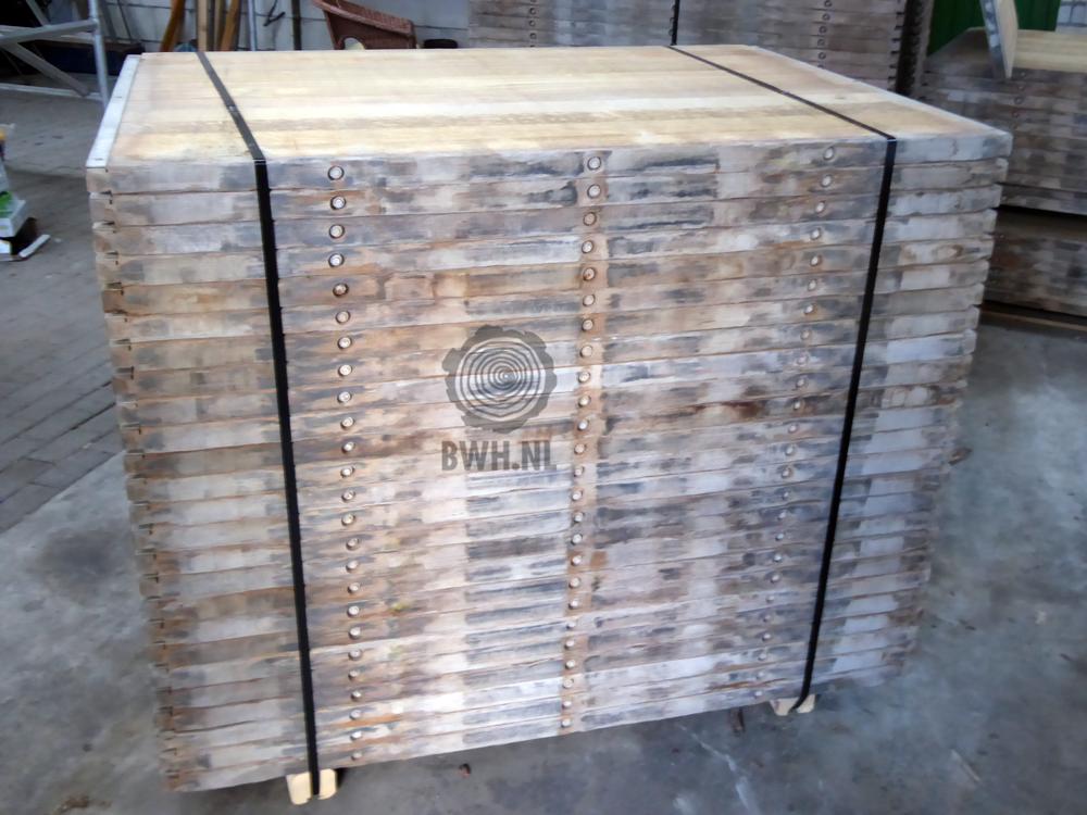 Steenschotten Hardhout 110x140 cm Steenschot ongeschuurd azobe