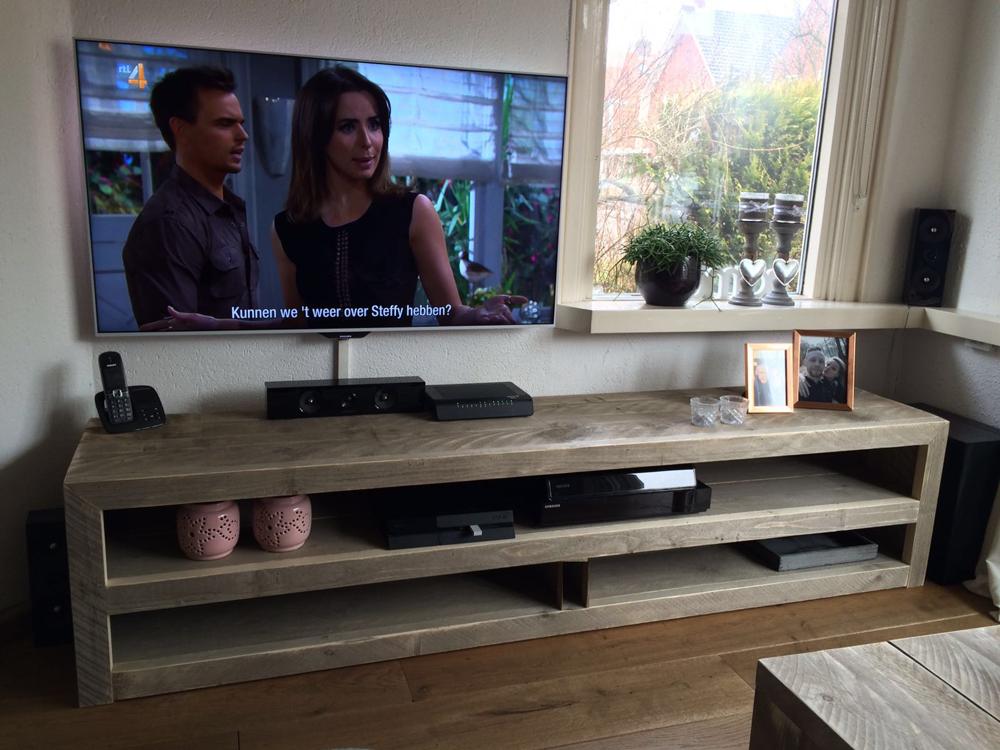 steigerhout tvmeubel 140 x 40 x 45 cm steigerhouten tv kast
