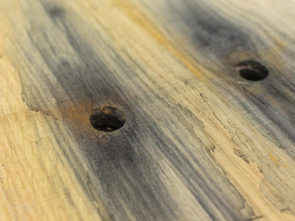 Partij eikenhouten planken bouwmateriaal tuinhout en