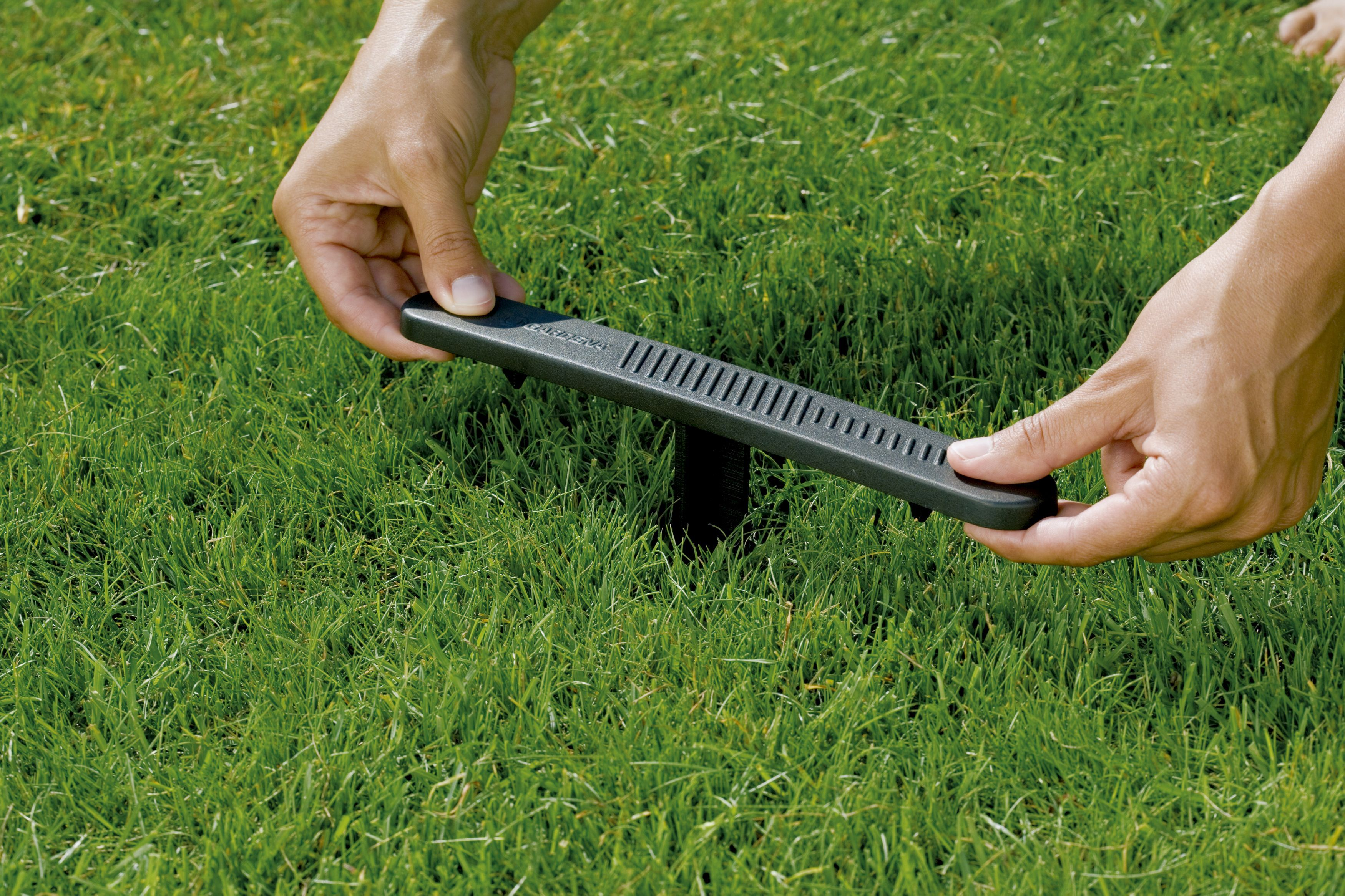 Gardena comfort mobiele multi instelbare sproeier auacontour for Irrigatori fuori terra