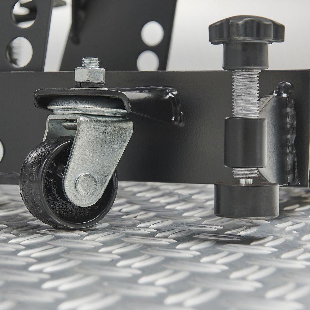 Zwenkwielen van de motorheftafel met barkruk