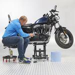 Motorlift harley met poetskruk zwart