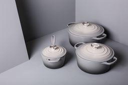 Le Creuset theepot ombre grijs 1.3 liter sfeer