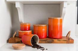 Le Creuset voorraadpot oranje-rood 0.7 liter sfeer
