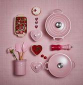 Le Creuset mini bakkwast roze 17.5 cm sfeer