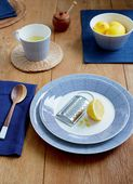Royal_Doulton_Serviesset_Pacific_Dot_Sfeer.jpg