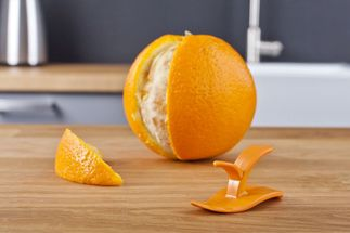 tomorrows_kitchen_citrus_peeler2.jpg