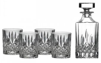 Royal_Doulton_Whisky_Set_Highclere.jpg
