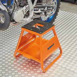 MX-stand voor KTM motoren 1