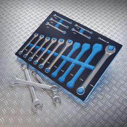 Ring-steek-sleutels-in-foam