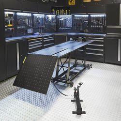 Motorheftafel hydraulisch zwart