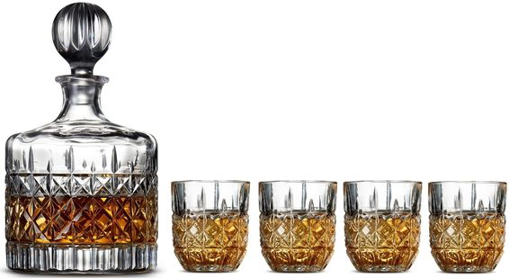 Salt_Pepper_Whisky_Set_Bond