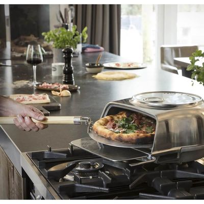 Fernus & Friends pizza oven