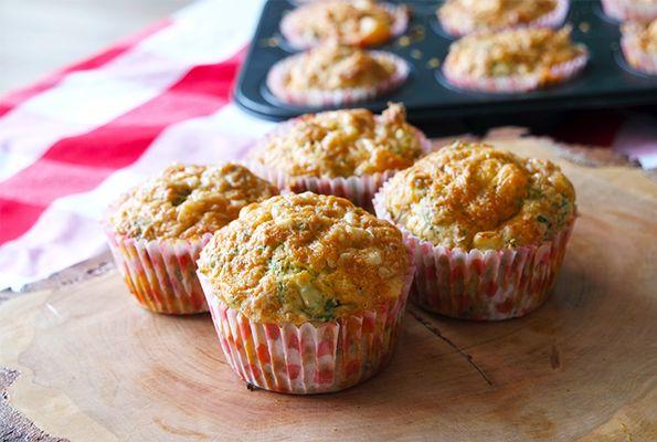 Hartige muffins met gruyère, broccoli en spinazie