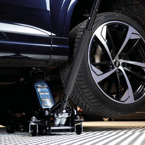 Hydraulische autokrik - 2,5 ton + Verrijdbare garage ligkar extra lang 5