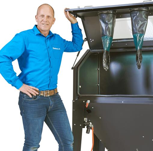 Zwarte zandstraalcabines met voordeur en afzuiging 420 liter