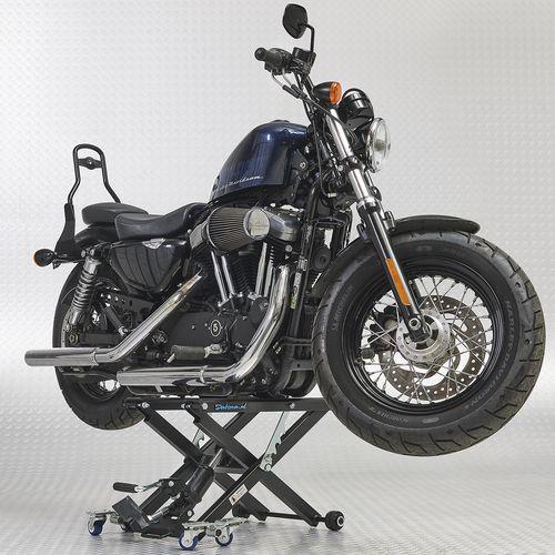 Harleylift met harley davidson erop
