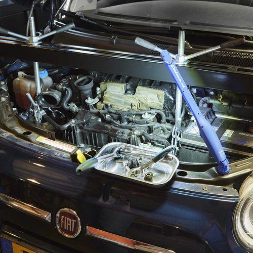 motordrager onder motorkap 53120