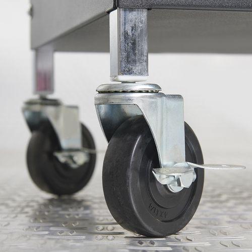 twee wielen van trolley