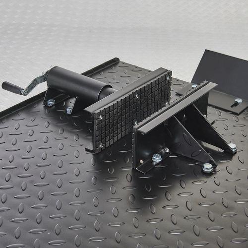 Zwarte motorheftafel 450 kg wielklem